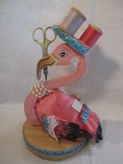 画像1: ピンクッション木製ピンクフラミンゴ