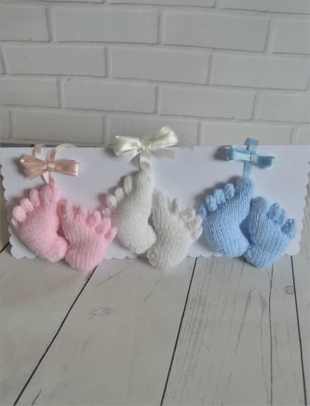 knitted feet