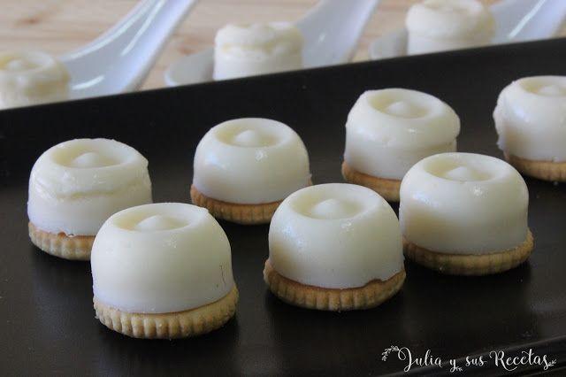 JULIA Y SUS RECETAS: Bombones de queso manchego con galletas saladas