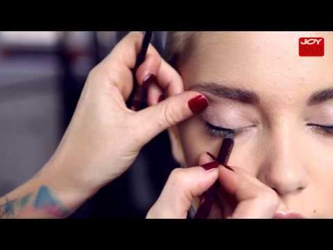 Kočičí oční linky pomocí tužky / JOY Beauty Studio - YouTube
