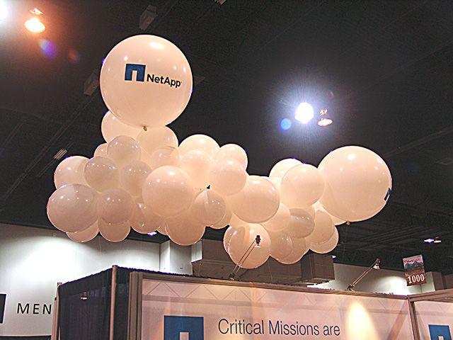 trade-show-unique-balloon-decorations.jpg (640×480)