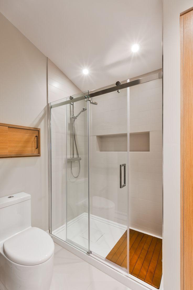 Projet Lac Montjoie_salle de bain_crédit photo: Ulysse Lemerise B. Architecte: Dufour Ducharme architectes_ Designer: Paule Bourbonnais reference design