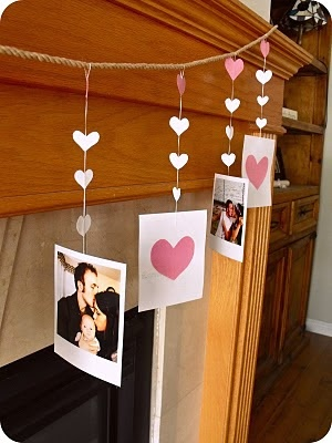 Easy idea for bedroom decor! Pin twine in a circle on your wall and pin pics on it! Easy!