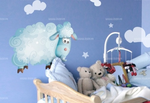 Sticker mouton    http://www.idzif.com/idzif-deco/stickers-enfant/stickers-animaux-de-la-ferme/produit-sticker-mouton-1575.html