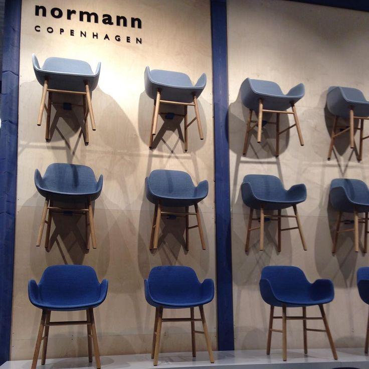 """""""#stockholmfurniturefair2016 - Normann Copenhagen - a cadeira Form - agora estofada de tecido de Kvadrat #scandinaviadesigns"""""""