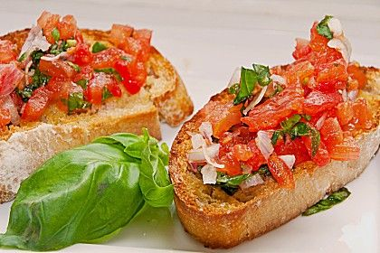 Bruschetta mit Tomaten und Knoblauch, ein beliebtes Rezept aus der Kategorie Kalt. Bewertungen: 205. Durchschnitt: Ø 4,6.