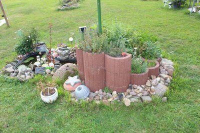 Kr uterspirale aus pflanzsteinen garten ideen pinterest for Gartengestaltung pflanzsteine