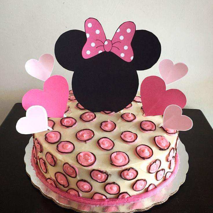 Minnie cake. Pastel de betun de mantequilla. Reposteria artesanal.