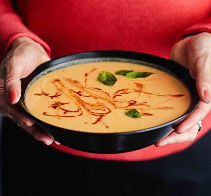 Makea bataatti saa tällä kertaa mausteekseen garam masalaa, sitruunamehua jasriracha-kastiketta. Taivaallisen hyvää!