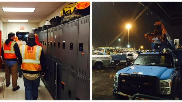 Outages Keep PG&E Crews Working Into The Night; More Than 30,000 Bay Area Homes Still In The Dark  PG&E crews working to restore power as outages spread across Northern California. (courtesy: @PGE4Me)