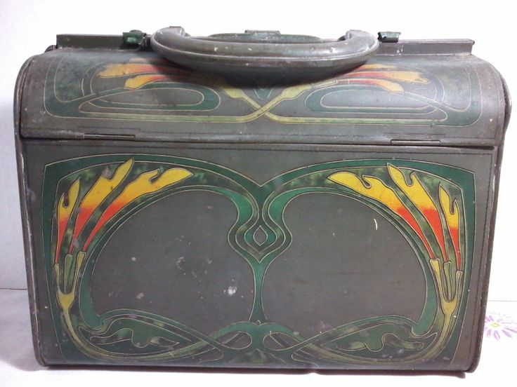"Antique Huntley&Palmers biscuits 1905 tin art nouveau handbag called "" Reticule"" by MajorVintageShop on Etsy"