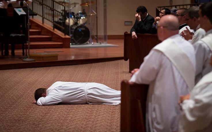 7 regalos inmerecidos que Dios da a los sacerdotes y consagrados