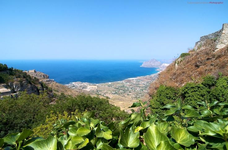 Sicilia La veduta dal castello di Erice Trapani