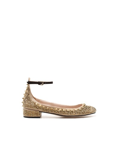 We need these Zara shoes! By we I mean my feet and I do.