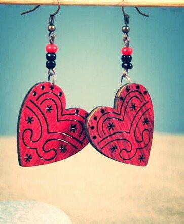 wooden heart earrings NX_5591