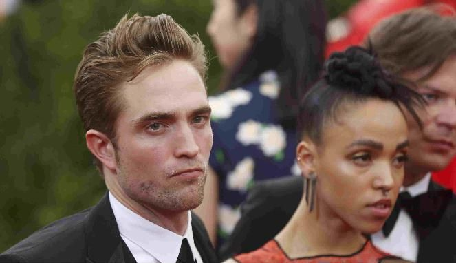 Stories of love Robert Pattinson and FKA Twigs (REUTERS / Lucas Jackson)