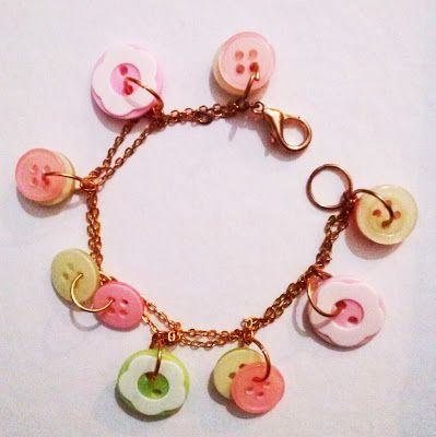 lovely button bracelet