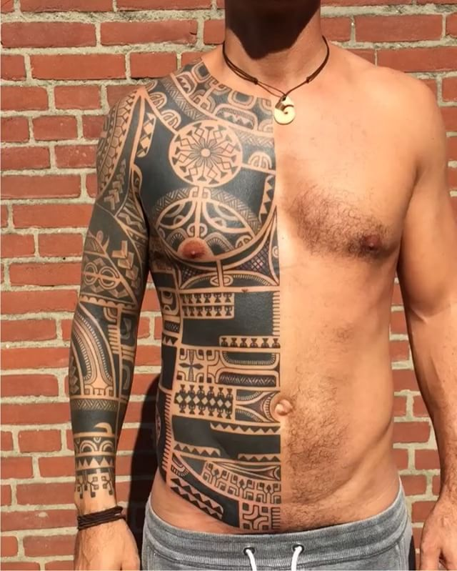 WEBSTA @ marcowallacetattoo -  Modern Marquesan tattoo (upper arm not by me)  done @sevenseas_tattoos ...Thank you very much super strong Thomas #freehand #marcowallace #sevenseastattoo #marquesan #pacific #marquesantattoo #polynesian #polynesiantattoo #joaopintomachines #tribaltattoo #tattooculturemagazine #thebesttattooartists #tribaltattooers #tribaltataucollective  #photooftheday #instatattoo #d_world_of_ink