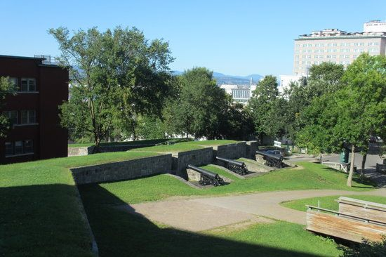 Quebec portes fortifications | Fortifications of Quebec National Historic Site: Walls as seen from ...