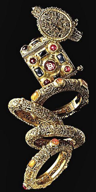 Chanel bangles - Paris Bisance Metier d'art collection
