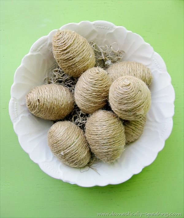 I need to try these twine eggs, which I think would look great in a wooden bowl, and I'm always looking for more things to glue with my glue gun.