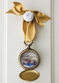 an old pocket watch used as a memory keeper...great idea!