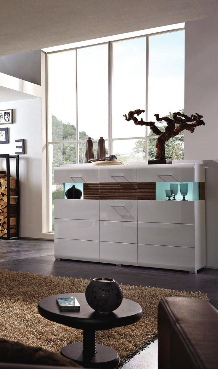 Modernes Highboard in Weiß: perfekt für Ihr modernes Einrichtungskonzept!