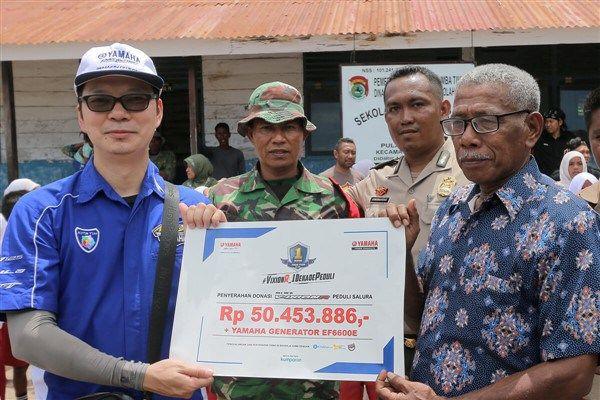 Yamaha melalui Program VixionR_1DekadePeduli, Serahkan Donasi Ke Pulau Salura