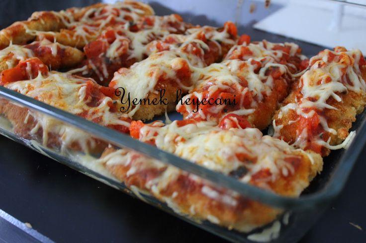 Yemek heyecanı: Domates soslu tavuk șnitzel