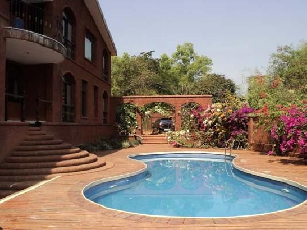 This semi furnished villa is ground plus one with four bedrooms (all attached). It has a beautiful hill view and is surrounding with lush greenery. It is situated in a residential area and is ten minutes drive to Calangute beach. The plot area is 950 sq.mts and the built up area is 750 sq. mts. For more info contact: allproperty@devant.no #goa #india #villa #property #homes