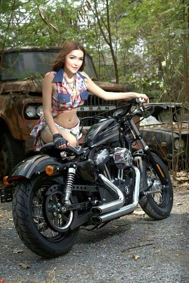Motorcycle Hotties 42