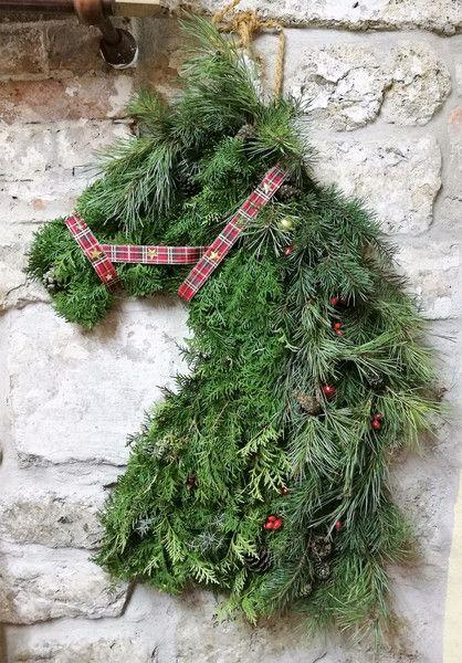 Türkränze - Pferdekopf | Advent | Weihnachten | Weihnachtsdeko - ein Designerstück von Sandras-Natur-Deko bei DaWanda