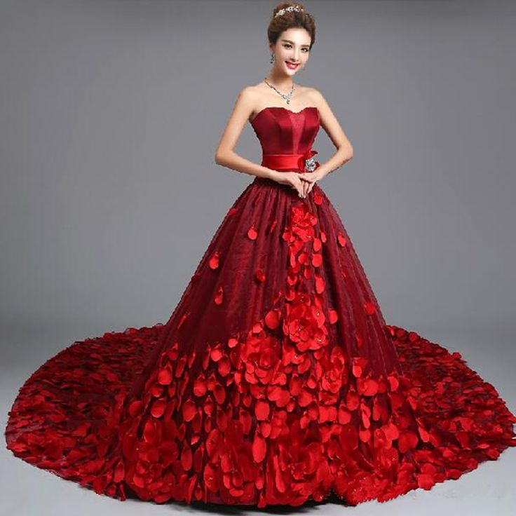 50 best Ball Gowns images on Pinterest | Black ball gowns, Black ...