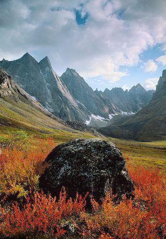 autumn, Arrigetch Peaks, Gates Of The Arctic National Park, Alaska | Patrick Endres, Alaska in Pictures