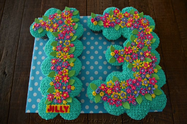 13th birthday pull apart chocolate cupcakes cake