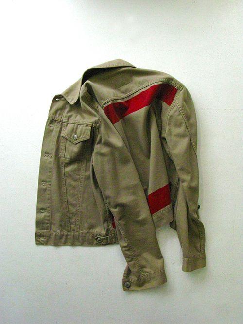 ヘルムート ラングのアーカイブ展が渋谷で開催 - 90年代後半のピース、購入も可能 | ファッションプレス