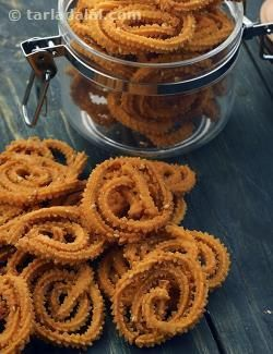 This tempting south indian version of chakli is made using rice flour enhanced with sesame seeds and cumin seeds (optional). Keep the snack handy for between-meals hunger pangs!
