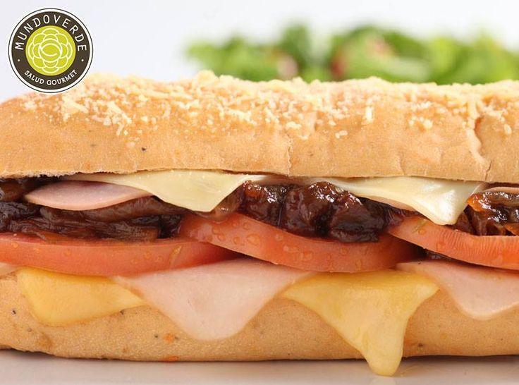 El queso, es uno de los alimentos mas usados en nuestros sánduches, ya que contienen gran cantidad de proteina, vitaminas y minerales. ¿Qué esperas para probarlos? #Tips #Saludables #MundoVerde