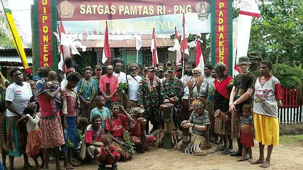Danrem 174/ATW Sambangi Satgas Pamtas Yonif 407/PK   Berita Papua
