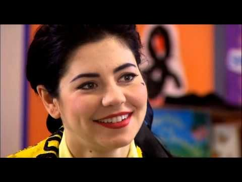 Marina and the Diamonds - Interview (With Bronagh Gallagher 09/02/2013)