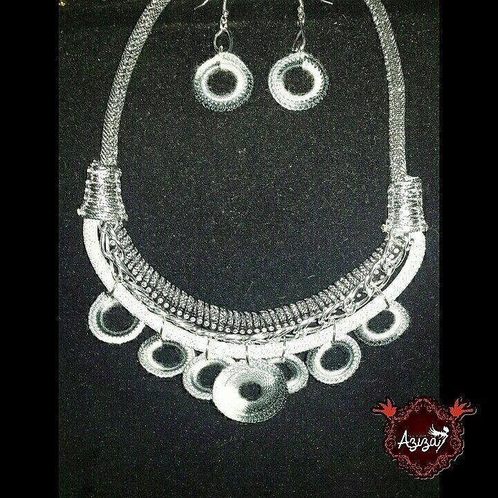 Collar silver aros lema