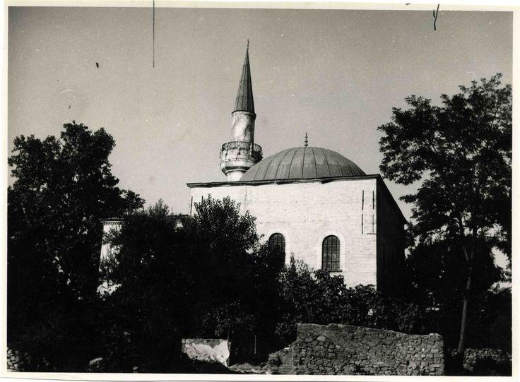 Yokolan Eserlerden Mimar Ayas Camii / Fatih http://ift.tt/2hXal1H