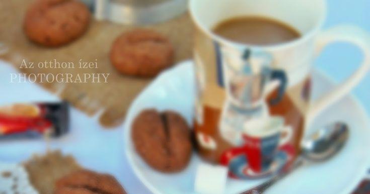 A fotózáshoz a kellékeket a SütniFőzni webshop  biztosította    Kávé mellé kávészem alakú sütemény...