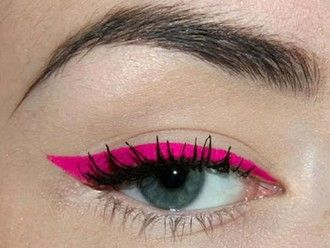 pink eyeliner make-up neon hair/makeup inspo nail polish summer beauty