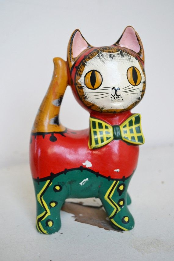Vintage painted cat (1960s)