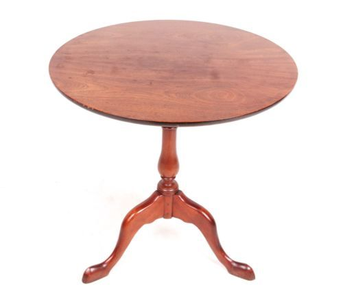 Antique-Lamp-Table-Side-Table-Mahogany-Petite-Pedestal-Table