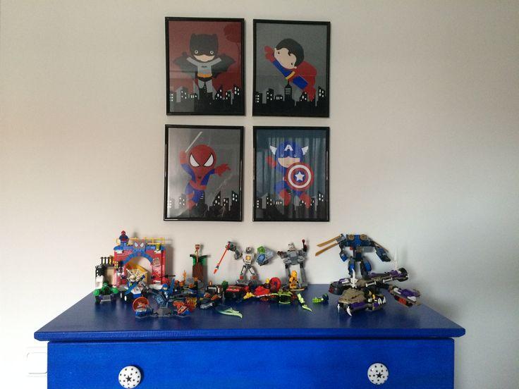 Jongens kamer kinderkamer stoere jongens super helden Batman Spider-Man captain america superman LEGO Ikea tarva blauw