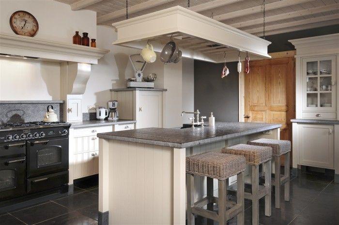 landelijke keuken houten balken - Google zoeken