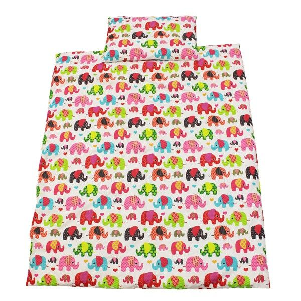 This colourful cot duvet cover set is perfect for ensuring a great night's sleep. Made from 100% cotton, this children's duvet cover set is both durable and comfortable, and is the perfect solution to a peaceful night's sleep.