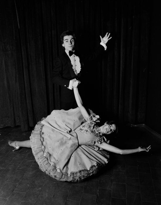 Gabriele Basilico Dancing in Emilia 1978 stampa alla gelatina d'argento © Gabriele Basilico Raccolta della fotografia della Galleria civica di Modena